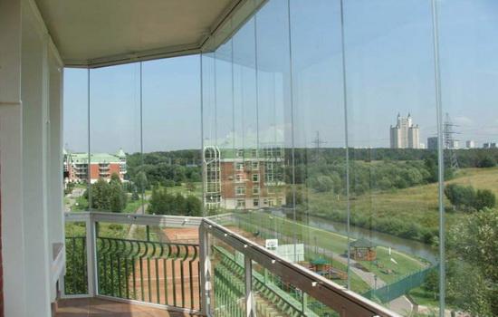 Остекление балкона без рам