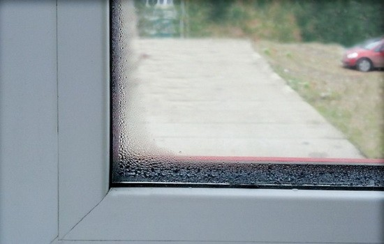 Дефект окна - причина возникновения на стекле капель воды