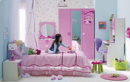 Детская спальня в нежно-розовых тонах