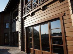 Элитные деревянные окна. Особенности и типы применяемой древесины