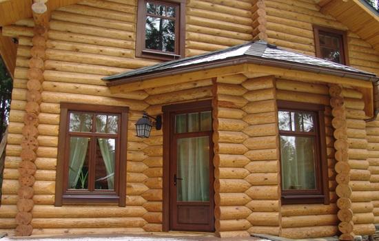 Евроокна из дерева в деревянном доме