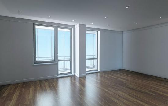 Французские окна в интерьере комнаты