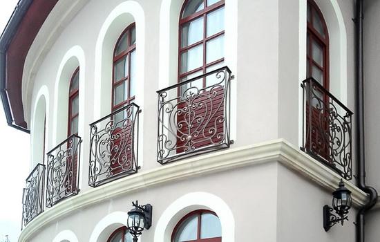Что называется французским балконом