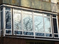 Французское окно на лоджии. Особенности конструкции и монтажа