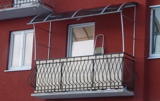 Использование поликарбоната в создании крыши