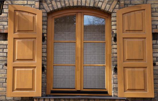 Какие бывают деревянные окна