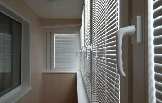 балконные жалюзи ISOLITE