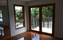 Как покрасить деревянное окно. Порядок проведения работ