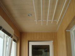 Как сделать потолок на лоджии. Варианты и материалы