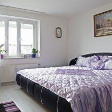 Какие окна лучше выбрать в квартиру. Обзор пластиковых, алюминиевых и деревянных евроокон