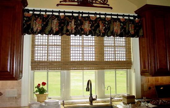 Красивые шторы темного цвета