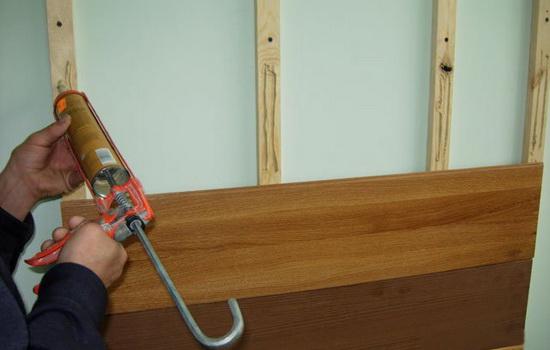 Как крепить ламинат на деревянную обрешетку