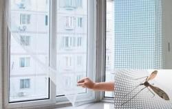 Москитная сетка на липучках для пластиковых окон