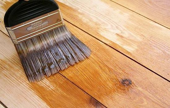 Обработка древесины специальным составом