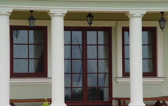 Окна, изготовленные из евробруса