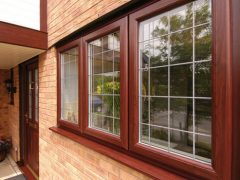 Окна из красного дерева (махагони, меранти). Описание