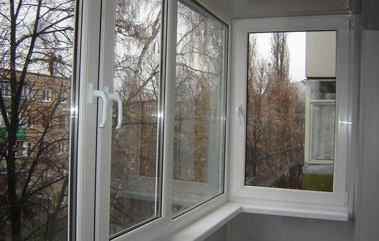 Остекление балкона хрущевки
