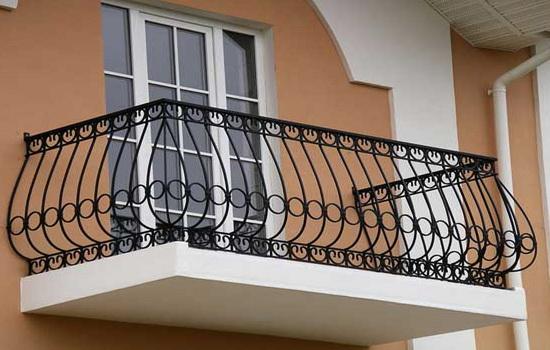 Различие балкона от лоджии