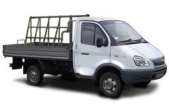 Перевозка стеклопакетов на машине с использованием пирамиды