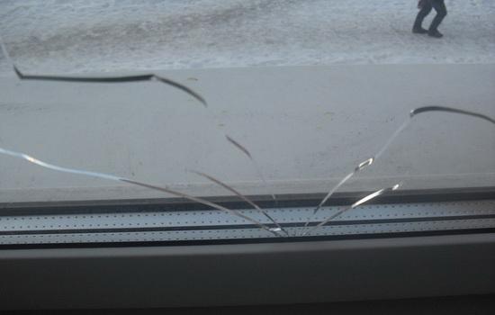 Почему лопаются стеклопакеты. Причины и способы предотвращения