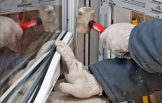 Как правильно сделать ПВХ окна в брусовом доме?
