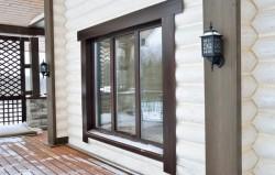 Правильная установка пластикового окна в дом из бруса