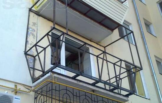 Проведение реконструкционных работ на балконе