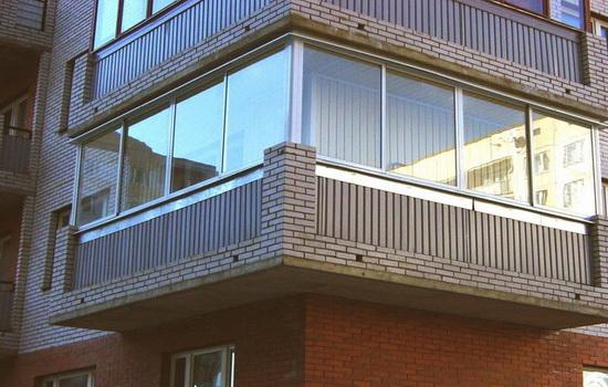 Остекление балкона алюминиевым профилем. Что требуется предусмотреть