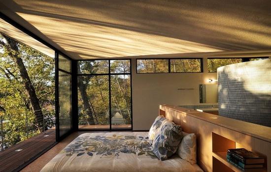 Спальня частного дома
