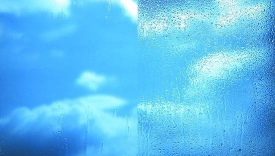 Сравнение самоочищаемого стекла от обычного
