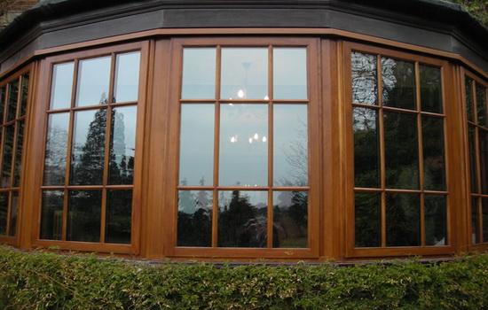 Типы древесины, применяемой в элитных окнах