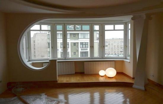 совмещение балкона и комнаты