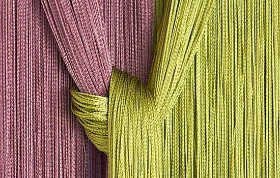 В детской спальне яркие цвета