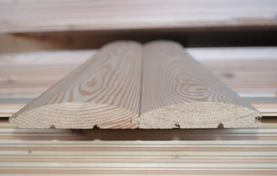 Отделочный материал из древесины. Фото вблизи