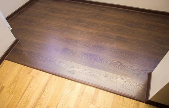 Вариант напольного покрытия - ламинат