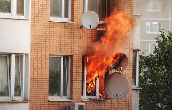 Выделение вредных веществ при горении окна