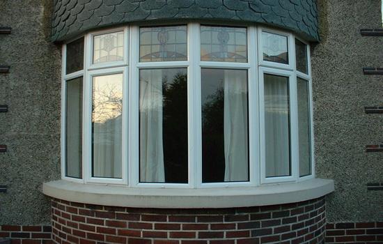 Застекление балконов пластиковыми окнами