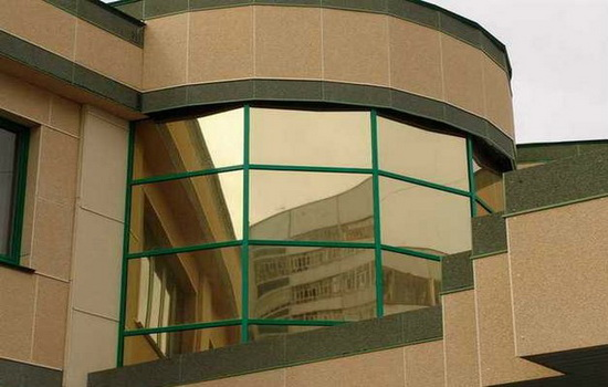 Зеркальные окна со стеклопакетами