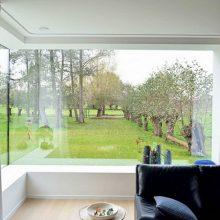 Угловые окна. Фото в интерьере частного дома и квартиры